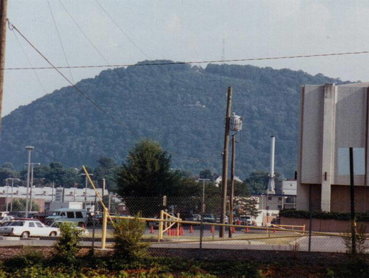 Roanoke Star (squint really hard)>>>